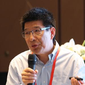 Zhang Lianshan, Director, Senior Deputy General Manager and Global R & D President of Jiangsu Hengrui Pharmaceutical Co., Ltd.